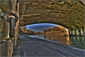sottopasso ponte hdr colore tevere-marioiscra