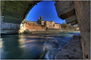 acqua sotto i ponti hdr