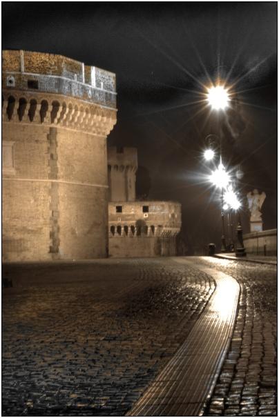 castel san tangelo notturno