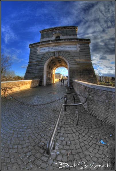 ponte milvio hdr roma