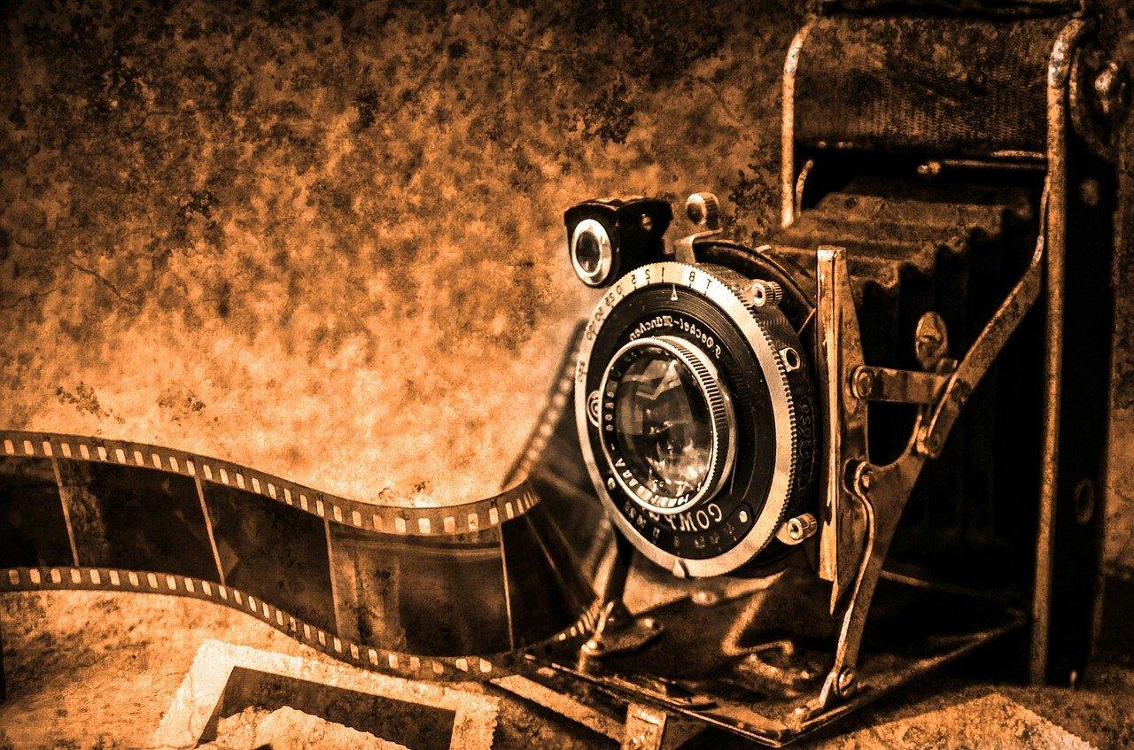 foto d'epoca macchinetta fotografica