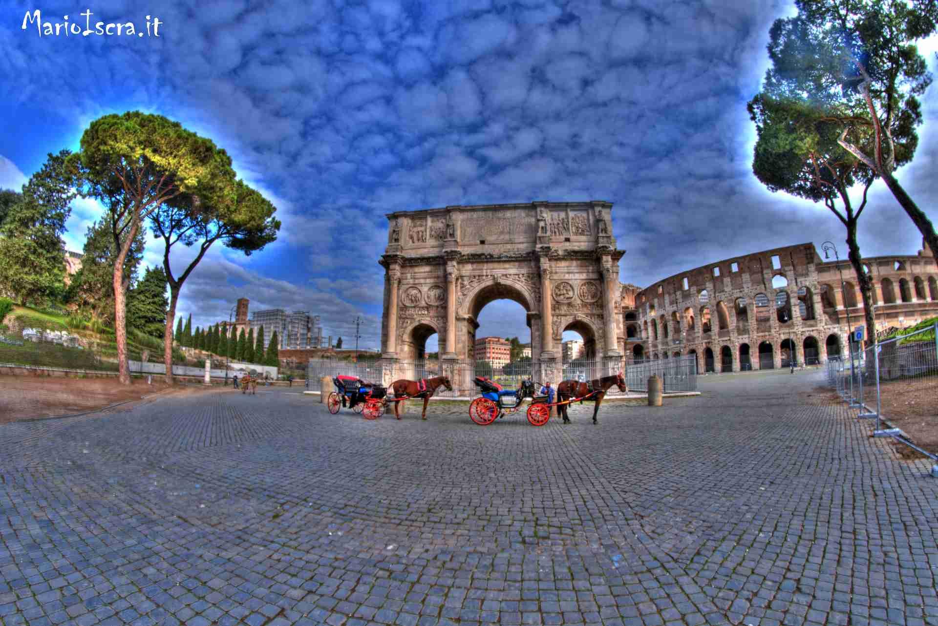foro romano con carrozzelle