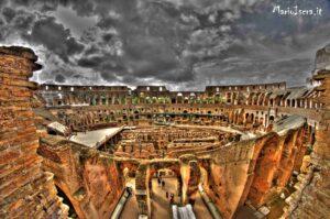 panorama interno colosseo roma