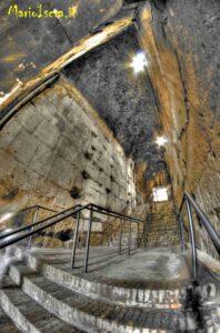 scalinata interna colosseo roma