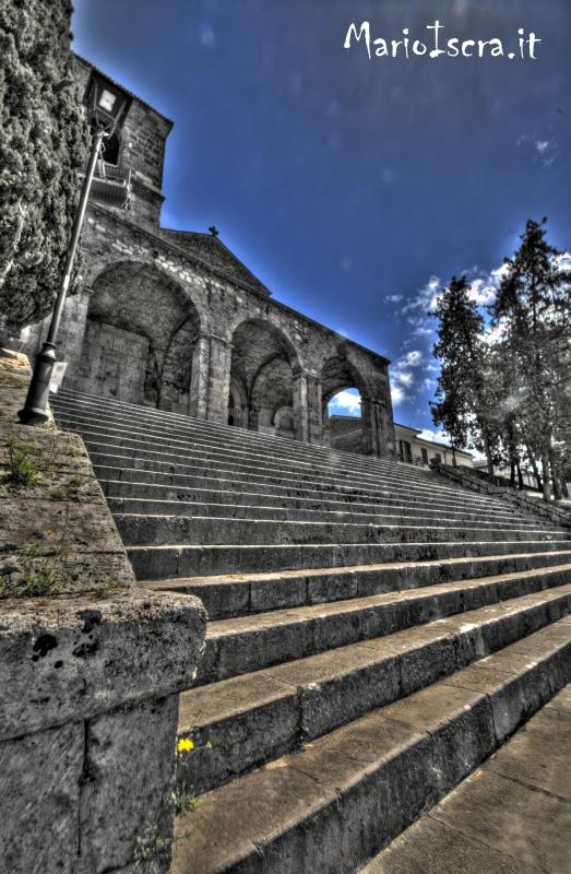 aquino scalinata abazia